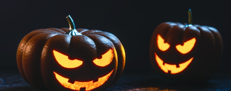 Halloween best apps and services to make up, dress up, chat, find friends, find cheap flights for halloween, eventbrite app, skyscanner app, wave application